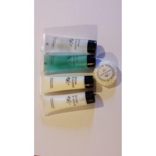 MASON & MILLER 5 PIECE TRAVEL TOILETRIES SET (SHOWER GEL, CONDITIONER, BODY LOTION, SHAMPOO, SOAP) X10