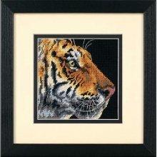 D07225 - Dimensions Mini Needlepoint - Tiger Profile