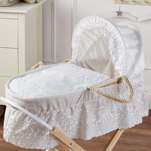 Broderie Anglaise Moses Basket Cream