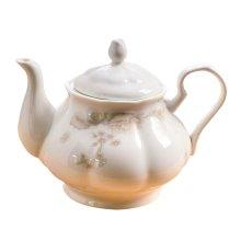Elegant Porcelain Teapot Perfect for Teatime, Tea Party & Home Décor